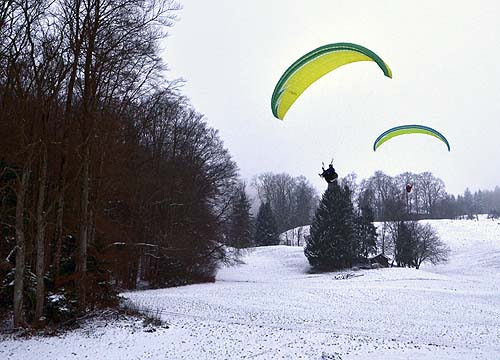 Christmas Paragliding – L/D Comparison with Mentor 3