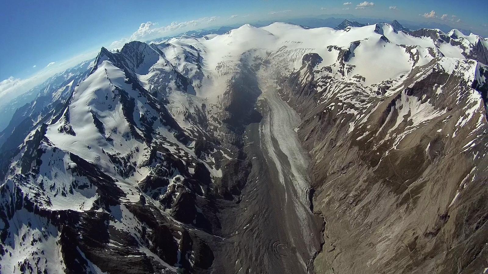 Die Pasterze: mit etwas mehr als 8 Kilometer Länge der größte Gletscher Österreichs und der längste der Ostalpen. Leider zieht sie sich immer weiter zurück.